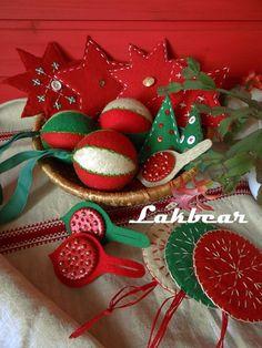 Lakbear has shared 1 photo with you! Christmas Diy, Christmas Wreaths, Christmas Ornaments, Holiday Decor, Creative, Photos, Home Decor, Pictures, Decoration Home