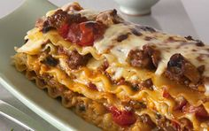 The San Remo family offers a wide range of fresh and dry pasta products to suit the needs of your family. Baked Pasta Recipes, Cooking Recipes, Pork Mince, Cook N, Sweet Italian Sausage, Meat And Cheese, Pasta Bake, Lasagna, Gourmet