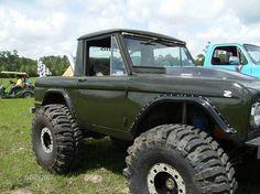 1972 Ford Bronco Half Cab Classic Bronco, Classic Ford Broncos, Classic Trucks, Old Ford Bronco, Early Bronco, Old Ford Trucks, Ford 4x4, Lifted Trucks, Cool Jeeps