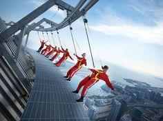 13 Global Skywalks for hte Brave...EdgeWalk, CN Tower - PR NEWSWIRE