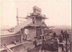 Foto antigua de la construcción de la nave de motores del metro  (1923)  de artemadrid MADRID
