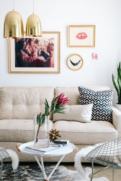 Such A Good Cute Living Room Get The Look With A Beige Couch Gold