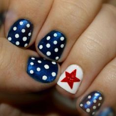Easy 4th of July nail designs so easy you will freak out...then go paint your nails of course! #4thofjuly #nail #designs @Allamode ⓐⓛⓛⓐmode✣✫Creative Pinner✣✫ ⓐⓛⓛⓐmode✣✫Creative Pinner✣✫ ⓐⓛⓛⓐmode✣✫Creative Pinner✣✫