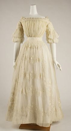 Wedding dress (image 4) | French | 1837 | cotton | Metropolitan Museum of Art | Accession #:  15.149.1a–c
