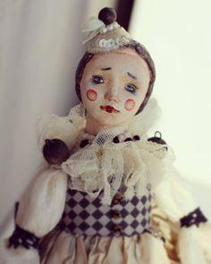Little Doll, Art Dolls, Snowman, Black And White, Outdoor Decor, Instagram, Home Decor, Black White, Homemade Home Decor