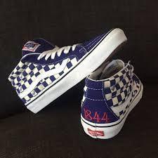 70d2d44e71 A(z) vansgirls nevű tábla 15 legjobb képe 2019-ben   Beautiful shoes ...