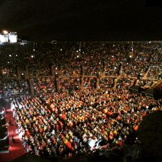 Wondering what to do in your #summer evenings in #Verona? A #concert at #arenadiverona of course!!
