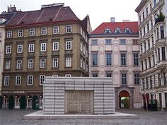 Judenplatz, the New Museum, an annex of the Jewish Museum Vienna, and the Memorial to the Austrian victims of the Shoah. The idea of the memorial was conceived by Simon Wiesenthal, designed by British Rachel Whiteread and realized in October Simon Wiesenthal, Rachel Whiteread, Art Public, Jewish Museum, New Museum, Jewish Art, Annex, Places Of Interest, Travelogue