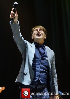 Mark Owen, Gary Barlow, Robbie Williams, Pop Bands, All About Time, Youtube, Take That, Sexy, Instagram