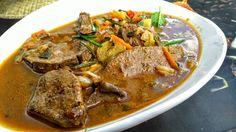 Vepřová játra na barevné zelenině Pot Roast, Stew, Pork, Food And Drink, Menu, Ethnic Recipes, Goulash, Carne Asada, Kale Stir Fry