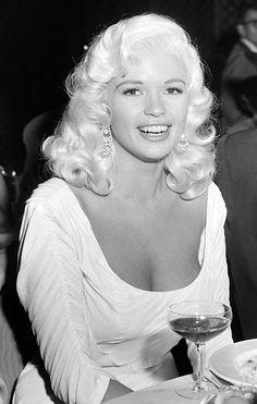 Jayne Mansfield A.K.A Marilyn Monroe,  King Size