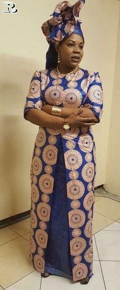 African print Beste Long Kaftan & Shift afrikanische Kleider - Reny Styles Wholesale Handbag - Your African Maxi Dresses, Latest African Fashion Dresses, African Dresses For Women, African Attire, African Wear, African Dress Styles, African Inspired Fashion, African Print Fashion, Africa Fashion
