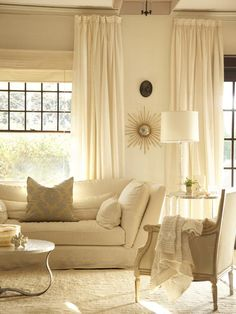 Traditional Living Rooms from Sarah Nielsen : Designers' Portfolio 3964 : Home & Garden Television#/id-2308/room-living-rooms/style-traditional/color-white