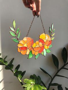 Stained Glass Flowers, Stained Glass Art, Stained Glass Windows, Mosaic Glass, Stained Glass Window Hangings, Making Stained Glass, Stained Glass Suncatchers, Stained Glass Designs, Stained Glass Projects