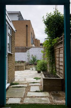 The side return will be given over to the children. Although a very small area it will be packed with several features to entertain the kids. An archway marks the entrance onto which a variety of things can be hung, from a swing, to beaded curtains  - it can change as the girls grow. Inside the area, a blackboard allows for a creative streak, whilst a sail will fuel imaginative play, where accessories can be added over the years. #sidereturn #terracehouse #eastlondon #earthdesigns…