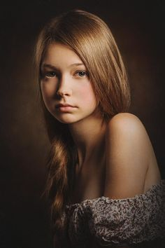 Portrait of Julia by Paul Apal'kin on 500px