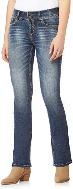 Looking for WallFlower Juniors InstaStretch Luscious Curvy Bootcut Jeans ? Check out our picks for the WallFlower Juniors InstaStretch Luscious Curvy Bootcut Jeans from the popular stores - all in one. Boyfriend Jeans Damen, Baggy Jeans Damen, Adidas Hose, Beige Hose, Wallflower Jeans, Casual Party Dresses, Outfits Damen, Juniors Jeans, Weekend Wear