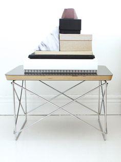 Via Varpunen | Black White Marble | Eames Occasional Table LTR