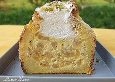 Prajitura din paine, cu mere si sirop de scortisoara Vanilla Cake, Camembert Cheese, Good Food, Bread, Cookies, Desserts, Mai, Pie, Syrup