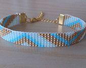 bracelet perle sur metier a tisser