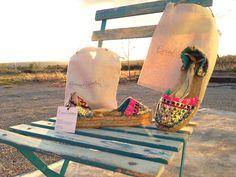 Espardeñas listas para sus guapísimas Dueñas!!! Envíos ✈️✈️♥️♥️✨✨http://carinavalentina.com/producto/alpargatas-maui-con-cinta/#hardwork #bolsosmarcas #tendencia #telva #glamour #firmadebolsos #bolsodemano #bolsosdelujo #Bolsadeviaje #primavera #newcolletion #luxury #lujo #elegant #mujer #style #modafemenina #primavera #bolsosmoda #valencia #castellon #pascuas2016 #carinavalentina