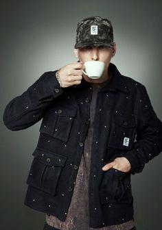 Street Style. Attitude. Skate. Men. Fashion. Clothing. Autumn. Cap. Military. Inspiration. Camouflage. Black & Grey. Nature. Dots. Coffee. Cargo.
