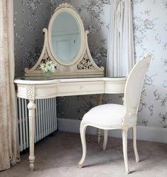 #ParisianChic Furniture With Round Glass Mirror