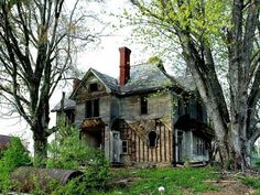 Old farmhouse located in West Virginia.