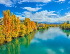 Here's something amazing I saw this afternoon on the way to Dunedin... Autumn in NZ is really really pretty. This is Alexandra. I did a quick Live broadcast on FB at ffa by treyratcliff