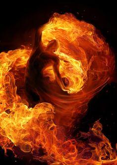 Quindi adesso usciamo.  Siamo usciti.  Però prima di chiudere la porta mi sono preso cura delle braci, e con la mano buona ho ravvivato il fuoco.