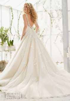 Mori Lee - 2811 - All Dressed Up, Bridal Gown - Morilee - Chattanooga TN's All Dressed Up Bridal Shop / Bridal Boutique offers Wedding Gowns, Prom Dresses & Tuxedo Rentals