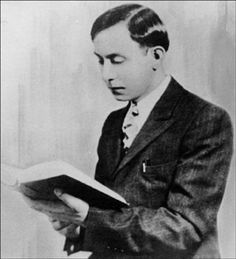 Wallace Fard Muhammad - The founder of a group of black Muslims which became the Nation of Islam (NOI) in Detroit, Michigan in 1930. Muhammad's theology was a blend of 50% theosophy, 50% traditional Islam.