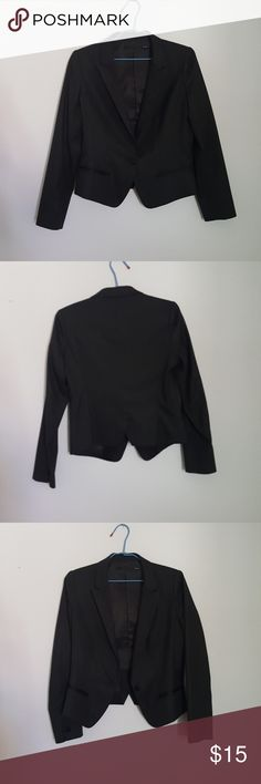 Uniqlo - Blazer In excellent condition Uniqlo Jackets & Coats Blazers
