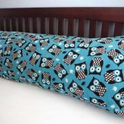 Many people enjoy the additional support offered by a body pillow. Body pillows are especially helpful during pregnancy, as well as for people who experience back problems. The single, long pillow also looks sleek and attractive on your bed. And making a body pillow is a simple sewing project that can be completed in a couple of hours for a...