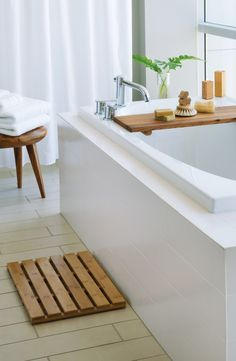 Turn your bath or shower into a five-star spa with eco-chic, eco-friendly, sustainable bathroom products.