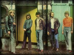 The Moody Blues -- Nights In White Satin (extended) Music Love, Rock Music, Music Songs, Music Videos, Justin Hayward, Nights In White Satin, Music Clips, All About Music, Moody Blues
