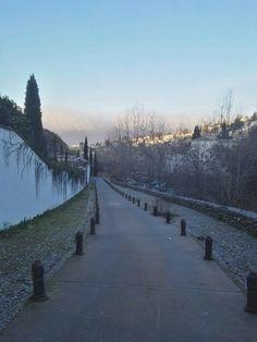 Granada, Sidewalk, Snow, Outdoor, Outdoors, Grenada, Side Walkway, Walkway, Outdoor Games