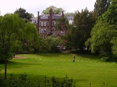 Gainsborough Gardens, Saturday 10:00-17:00 + Sunday 10:00-17:00