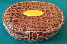 d111e837fca Coffret à bijoux horloge de voyage façon croco marron verni jewel and clock  box