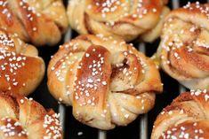 KANELSNURRER   TRINES MATBLOGG Pretzel Bites, Doughnut, Baked Goods, Nom Nom, Food And Drink, Sweets, Baking, Eat, Breads
