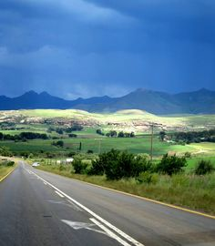 Road towards Clarens in the Free State Free State, Kruger National Park, South Africa, Safari, Road Trip, Around The Worlds, Country Roads, African, Explore