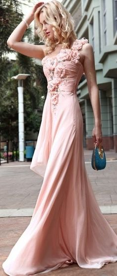 Lovely pink evening dress.