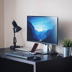 regram Beautiful monitor Setup by >> Computer Desk Setup, Pc Gaming Setup, Pc Setup, Office Games, Office Setup, Office Workspace, Minimal Desk, Pc Table, Monitor