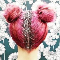 Glitter Roots – The Christmas Hair Trend – Quiz  http://www.niche-hair.co.uk/