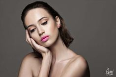 eyeliner makeup with pink lips. Italian look by LMI students