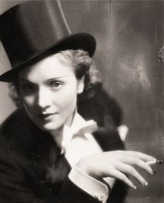 We Had Faces Then — Marlene Dietrich, 1930, publicity photo for... Marlene Dietrich, Classic Hollywood, Old Hollywood, Hollywood Stars, Hollywood Actresses, Estilo Unisex, Yves Saint Laurent, Suits For Women, American Actress