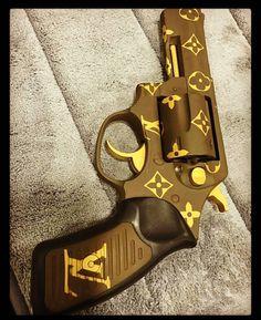 The Best Concealed Carry Guns For Women - Allgunslovers Weapons Guns, Guns And Ammo, Best Concealed Carry, Custom Guns, Cool Guns, Fantasy Weapons, Self Defense, Louis Vuitton Handbags, Firearms