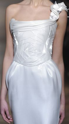 Creative Patternmaking - bodice design with overlapping structure & origami strap - sewing ideas; fabric manipulation // Tony Ward