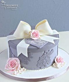 Single-Tier Cakes | Patisserie Tillemont | Montreal - Grey Birthday Gift Box