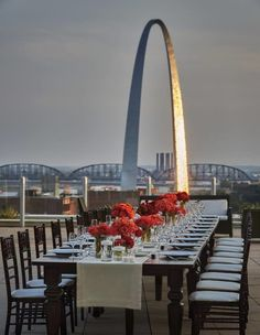 6.	Sky Terrace, Cielo Restaurant & Bar, Four Seasons Hotel, St. Louis : Been here! very neat